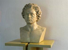 ベートーベンの像