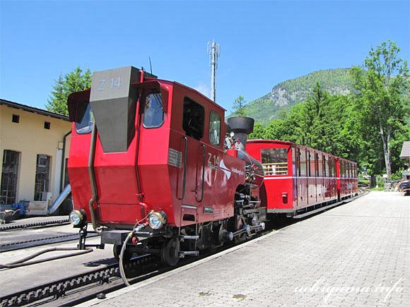 登山鉄道・湖岸駅・SL車