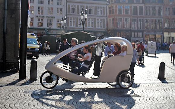 ブルージュ・3輪観光自転車