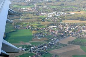 ブリュッセル空港着陸