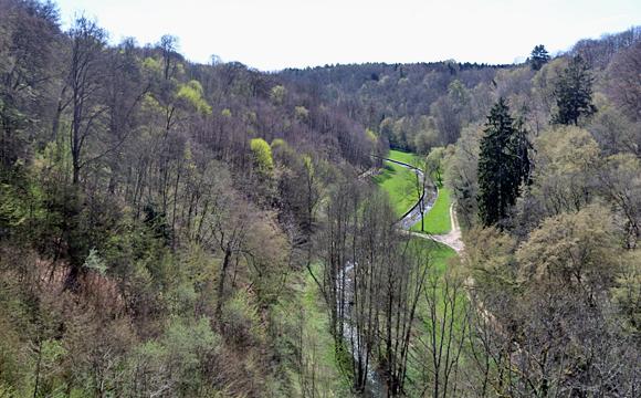 モダーヴ城・城外の景観