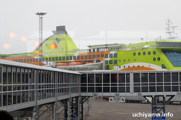 タリン港からヘルシンキ港への船旅・フェリー「スーパスター」