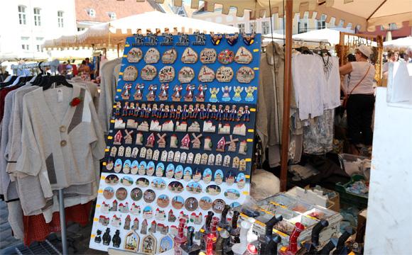 タリン・ラエコヤ広場のマーケット広場