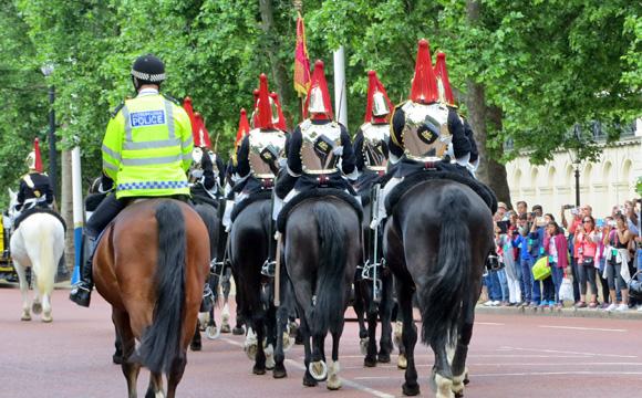 騎兵隊の行進