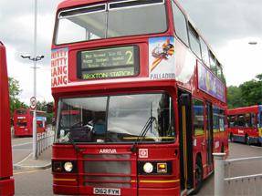 ロンドンの赤いバス