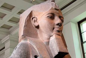 大英博物館「ラムセス2世」