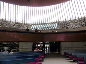 テンペリアウキオ教会
