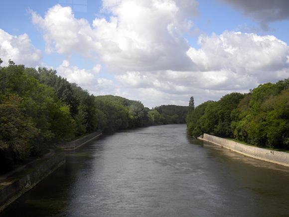 シェール川