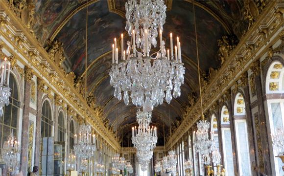 ヴェルサイユ宮殿(鏡の回廊)