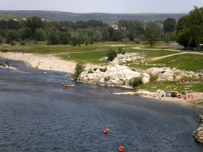 ガルドン川
