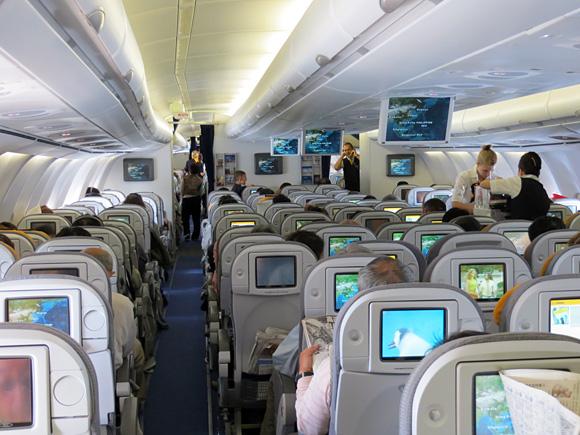 ルフトハンザ航空の機内
