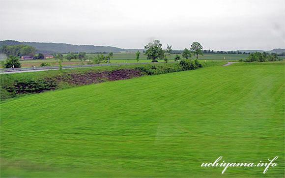 ディンケルスビュールへの道風景