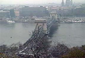 ブダペスト市街・鎖橋