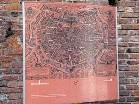 昔のミラノ地図・スフォルツァ城を取り囲む配置