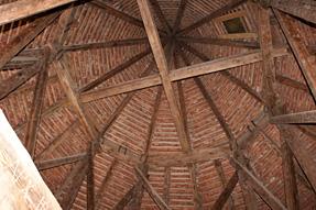 トゥライダ城の塔・最上階の天井