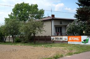 ワルシャワ近郊の民家
