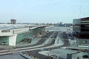 ワルシャワ ショパン空港