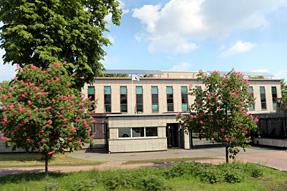 ワルシャワの市街・日本大使館