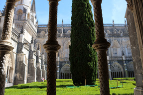 回廊の中庭