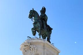 コメルシオ広場・「ドン・ジョゼ1世」騎馬像
