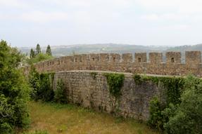 オビドスの城壁を歩く