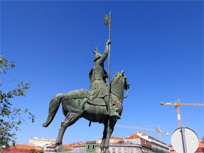 イマラ・ベセラ像
