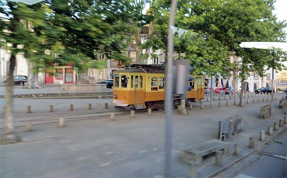 ポルトの路面電車