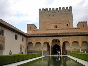 グラナダ・アルハンブラ宮殿