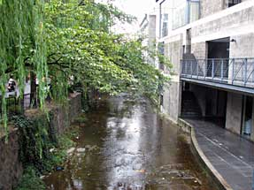 三条通・高瀬川