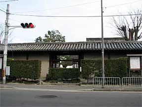 東寺・西門