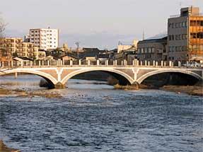 浅野川・国道159号浅野川大橋