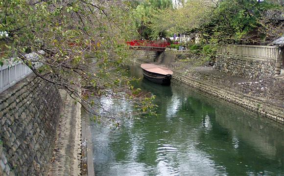 船町港跡と水門川
