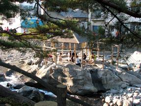 桂川・独鈷の湯