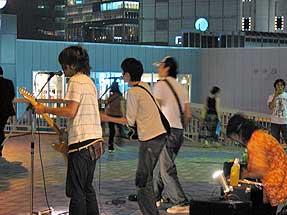 街頭ライブ