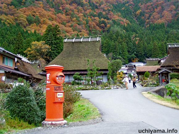 京都府美山町・郵便ポスト