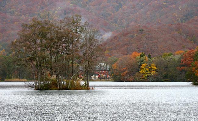 福島・曽原湖