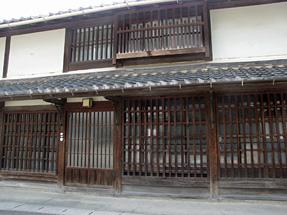 為心町通り・岡田彌三右衛門邸