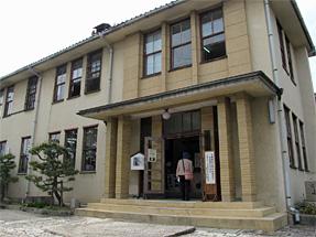 新町通り・郷土資料館