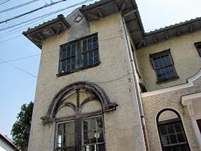 仲屋町通り・旧八幡郵便局