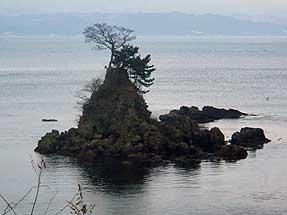 雨晴海岸・女岩