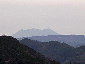 国見ヶ丘・阿蘇を遠望する