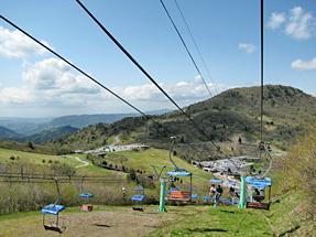 茶臼山高原・萩太郎山のリフト