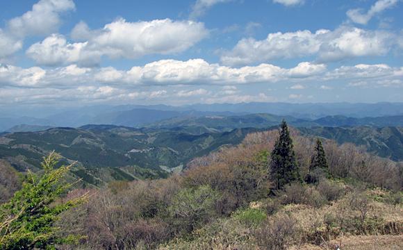 茶臼山高原・萩太郎山からの景観