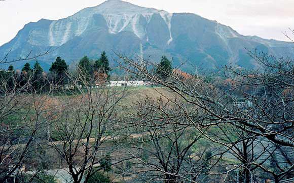 秩父のシンボル・武甲山