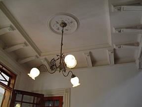 旧神谷伝兵衛稲毛別荘・玄関ホールの天井。