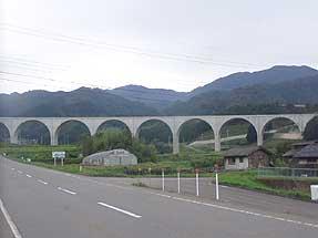 虎臥城大橋