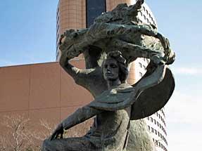 アクトシティ・ショパンの像