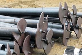 鋼管杭工法