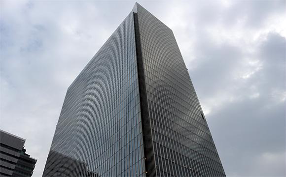 横浜三井ビル