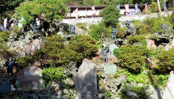 鎌倉半僧坊・天狗像